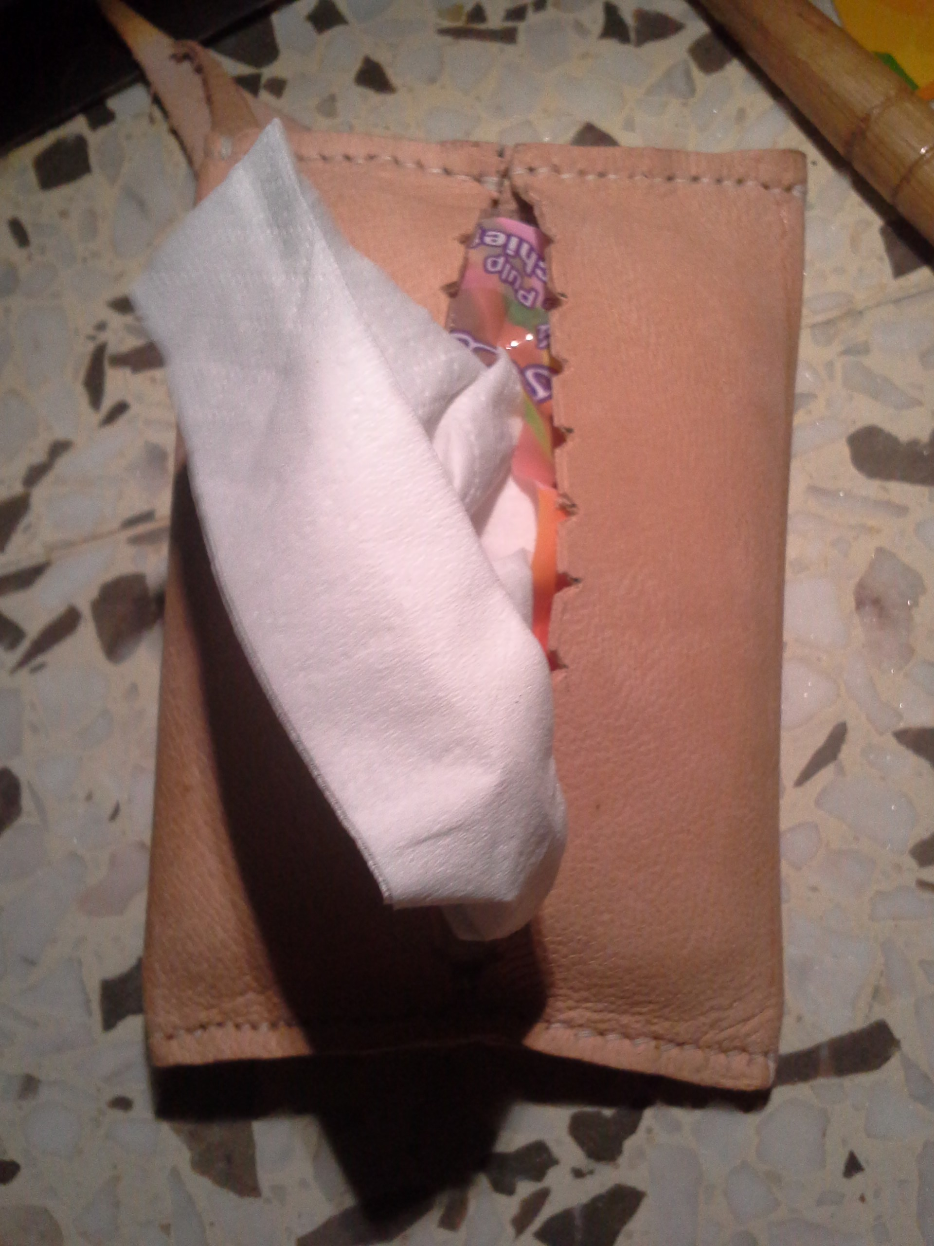 Leather tissue holder (5)